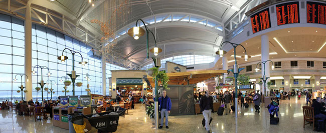Daryl Howard Seattle Airport 2014